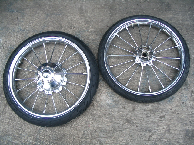 Tromol belakang model TRAPESIUM jari-jari besar 6 mm BIG SPOKE title=