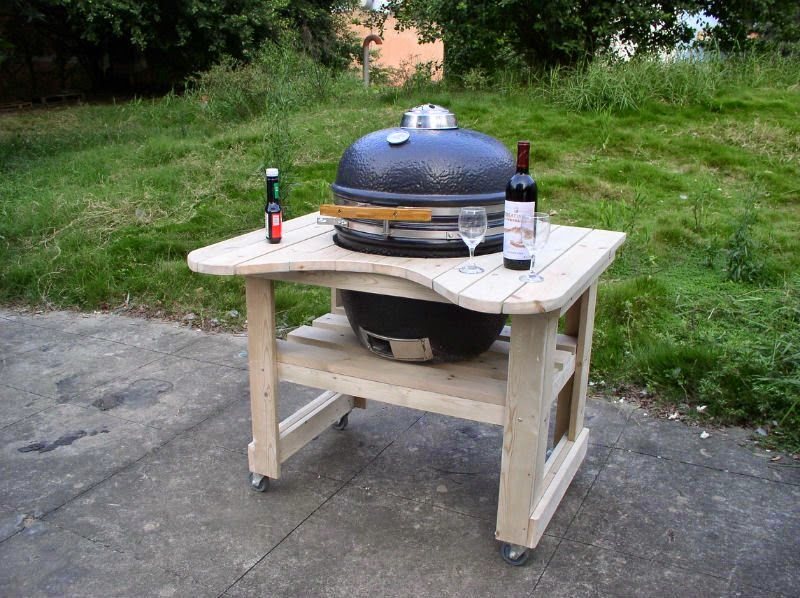 Una barbacoa con palets - Como hacer una mesa con palets ...