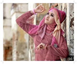 Video Tutorial Hijab Atau Berjilbab