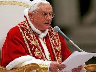 Benedicto XVI felicita a Obama por triunfo en elecciones