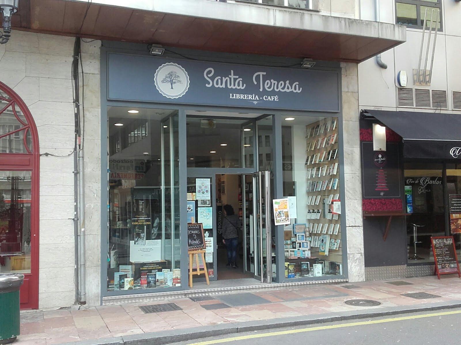 Santa Teresa Librería Café