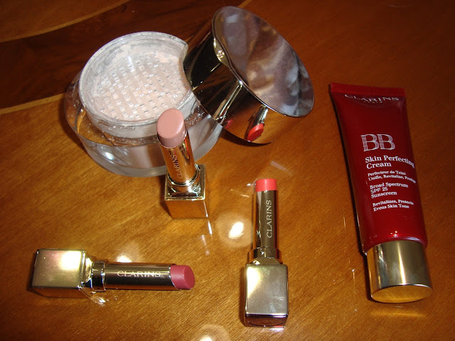 Review - BB Cream, Poudre Multi-Eclat e Rouge Eclat by CLARINS