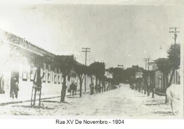 RUA XV DE NOVEMBRO EM 1904