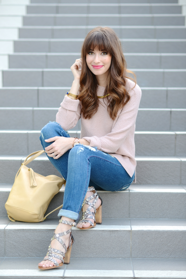 soft pink sweater with distressed james jeans M Loves M @marmar
