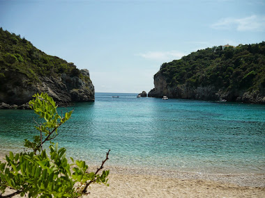plaja in Paleokastritsa, Corfu