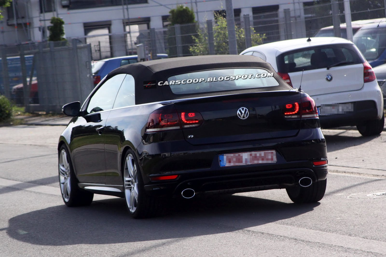 that auto blog spied 2013 volkswagen golf r cabriolet. Black Bedroom Furniture Sets. Home Design Ideas
