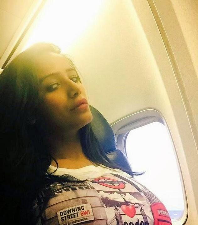 Poonam Pandey Hottest Selfies Pics