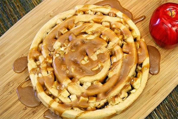 Caramel-Apple-Pinwheel
