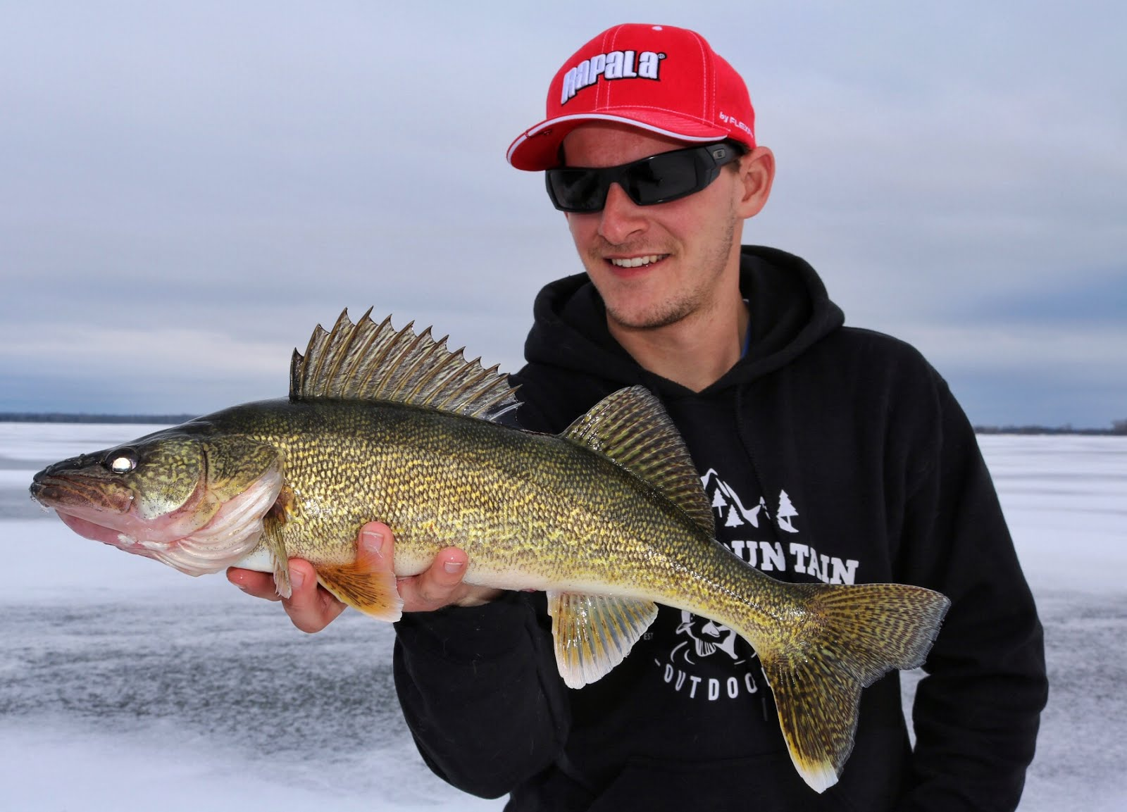 Bay of Quinte Hardwater Walleye