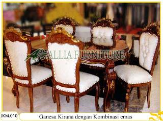 Meja dan Kursi Makan dengan kombinasi emas Ukiran Kayu Jati Ganesa Kirana