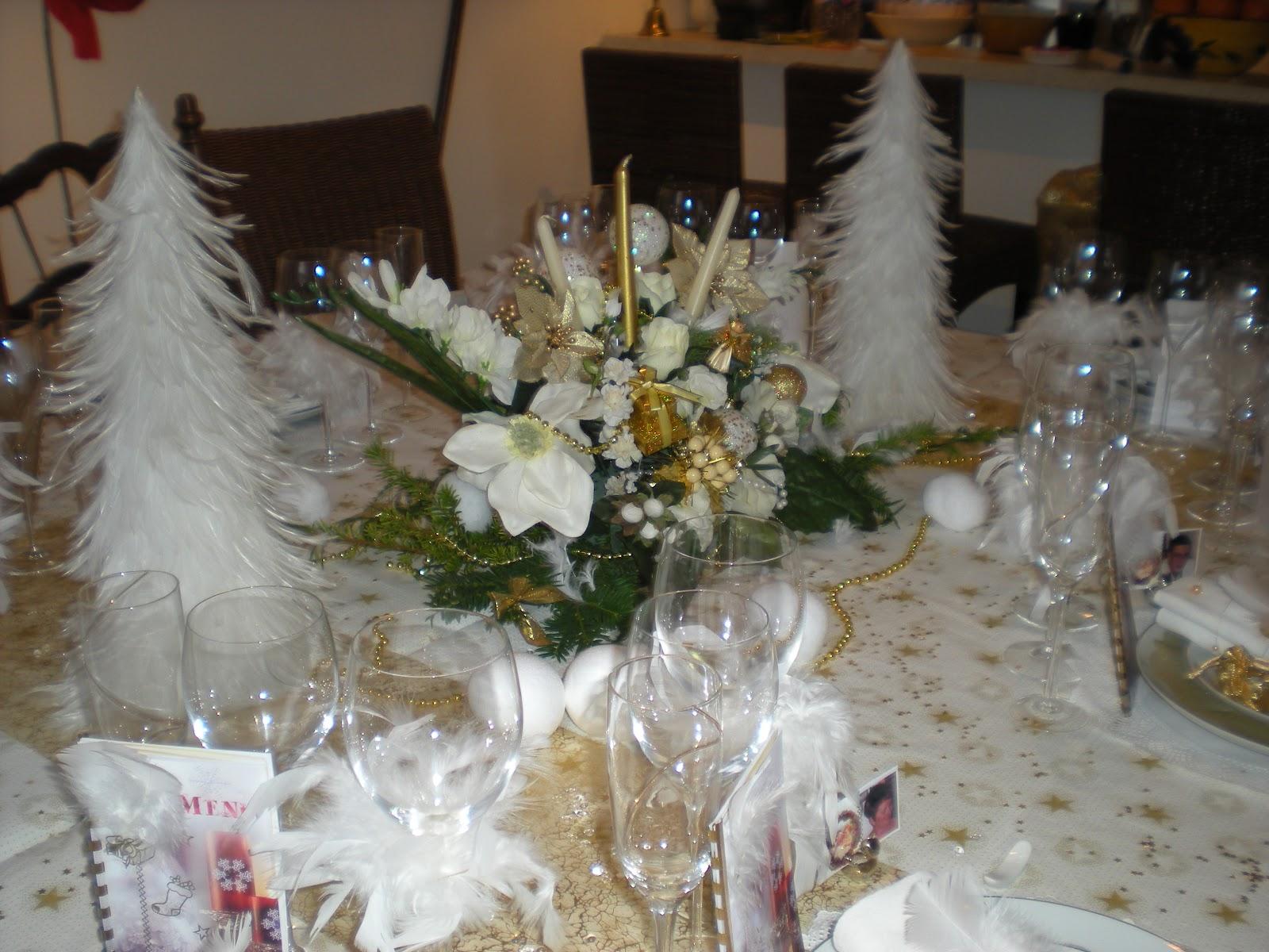 D co de no l en or et blanc d co de table th mes for Deco de noel blanc