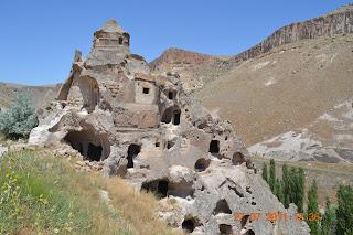 Igreja do Domo - vale de Songali