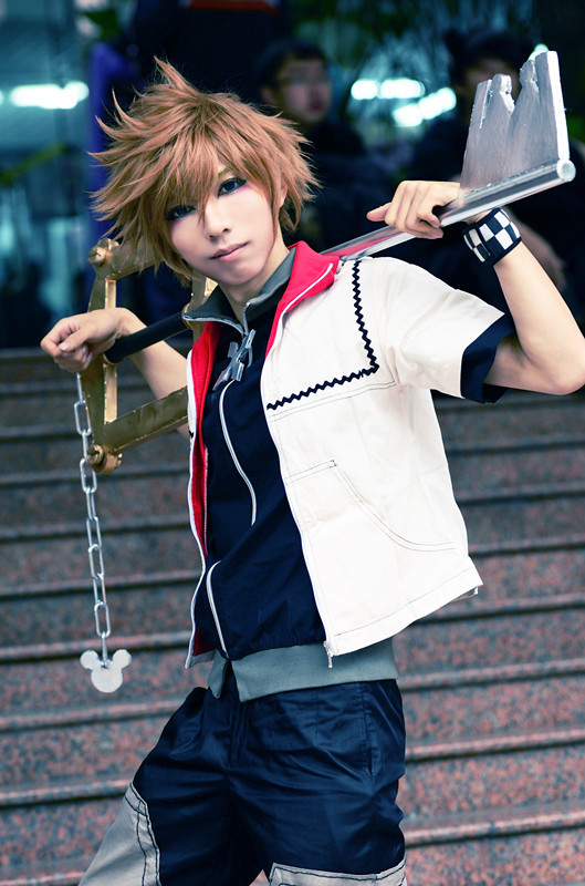 Final Fantasy Cosplay Costumes: Cute Kingdom Hearts Roxas ...