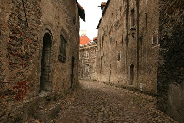 Tallinn_street_2
