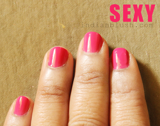 Hot pink Maybelline Colorama Nailcolor Sexy shade swatches