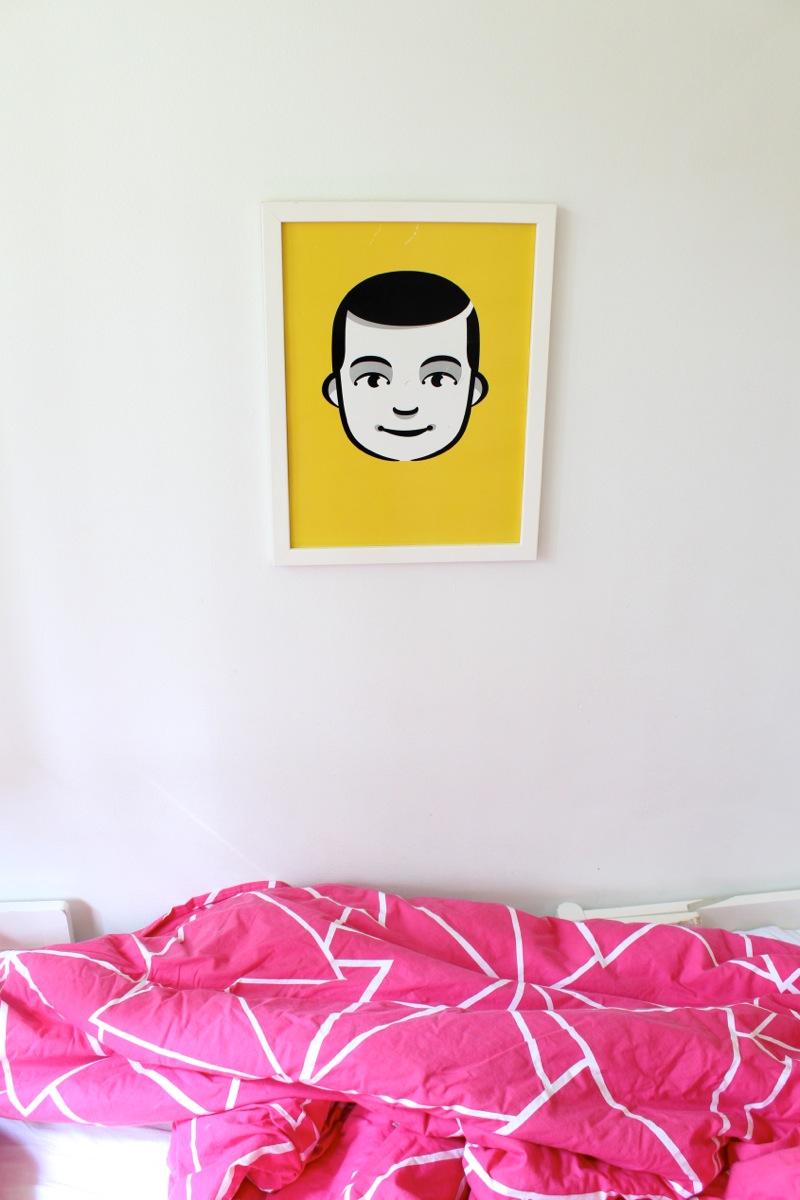 Keltainen Hello Carl printti