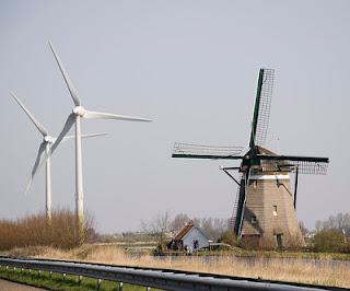 molino viento generadores eolicos campo