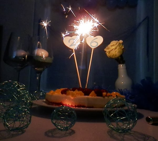 Déco de table d'anniversaire bleue