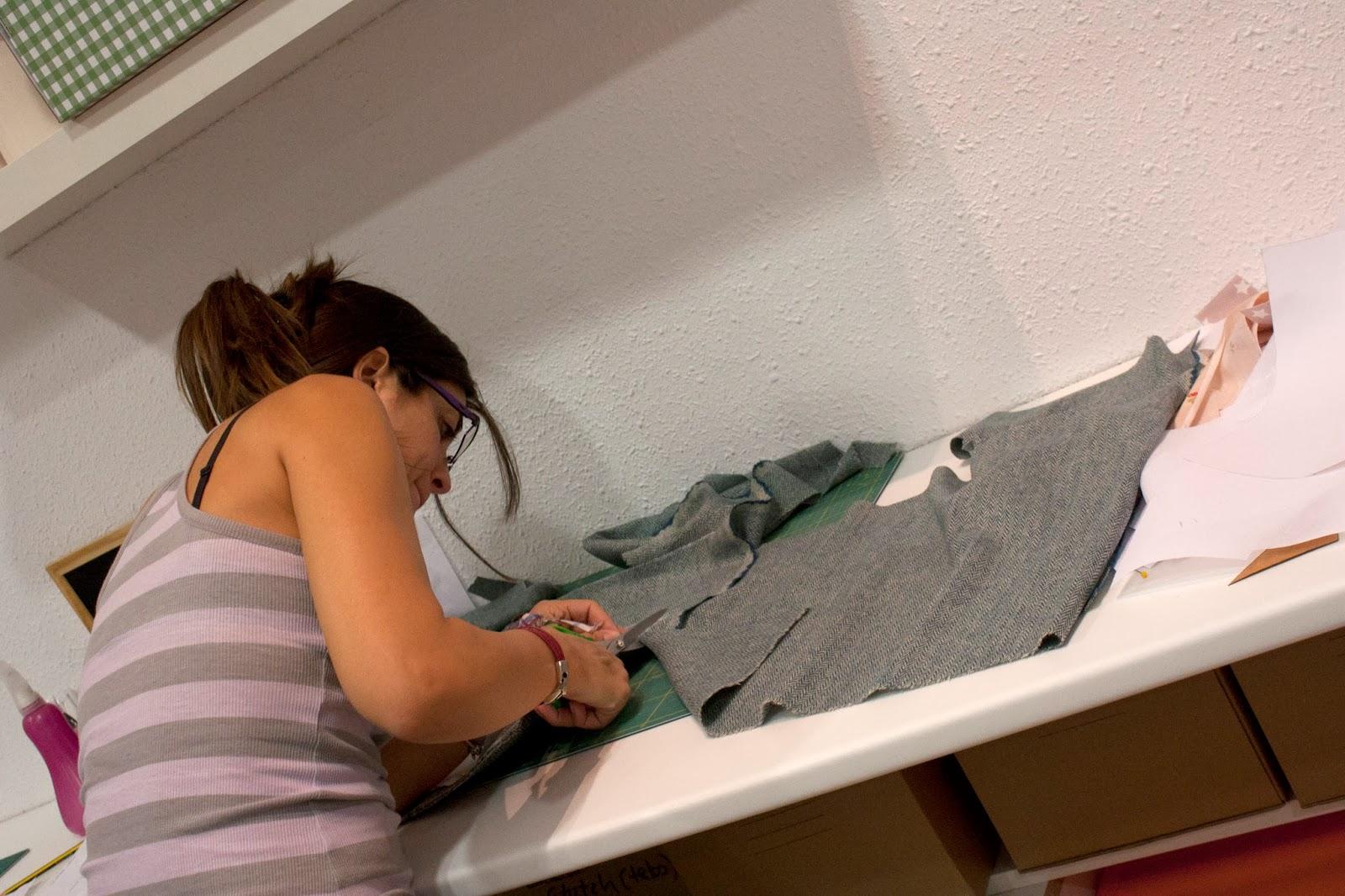 Taller abrigo de bebe en sweet sixteen craft store Madrid
