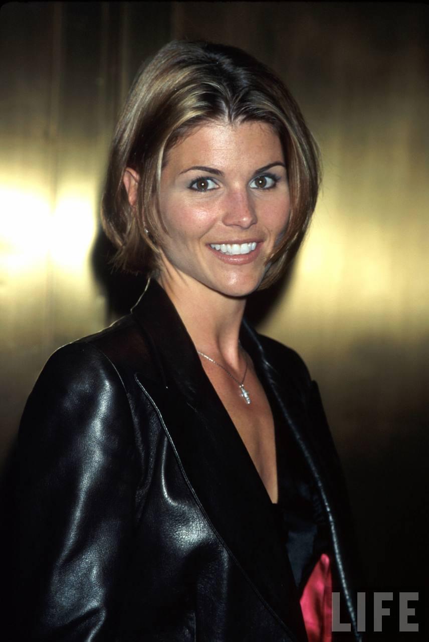Lori loughlin pregnant shear dress santa monica 24 7 1998