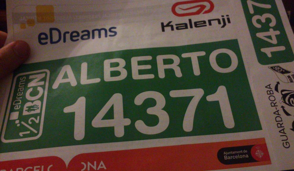 Mi dorsal para la 25ª eDreams Mitja Marató de Barcelona. [Imagen: Alberto Prieto Martín]