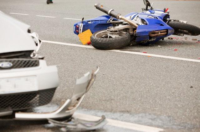 Wynonna Judds husband, Michael Scott Cactus moser accident photos