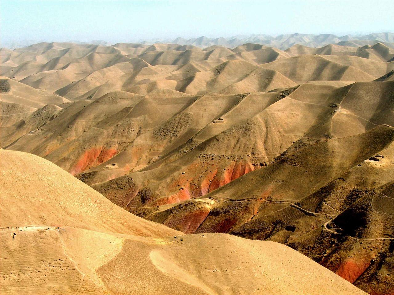http://1.bp.blogspot.com/-C4FEr3X_XhI/TcMvBYI7jzI/AAAAAAAABOw/_8QA5FzWlN8/s1600/Afghanistan-Wallpaper_0505201101.jpg
