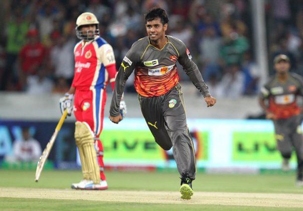Hanuma-Vihari-SRH-vs-RCB-IPL-2013