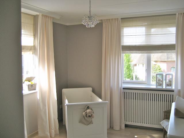 Sot tof - Babykamer beige en wit ...
