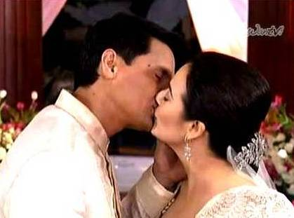 Richard Gomez and Dawn Zulueta Wedding Kissing Scene in Walang Hanggan