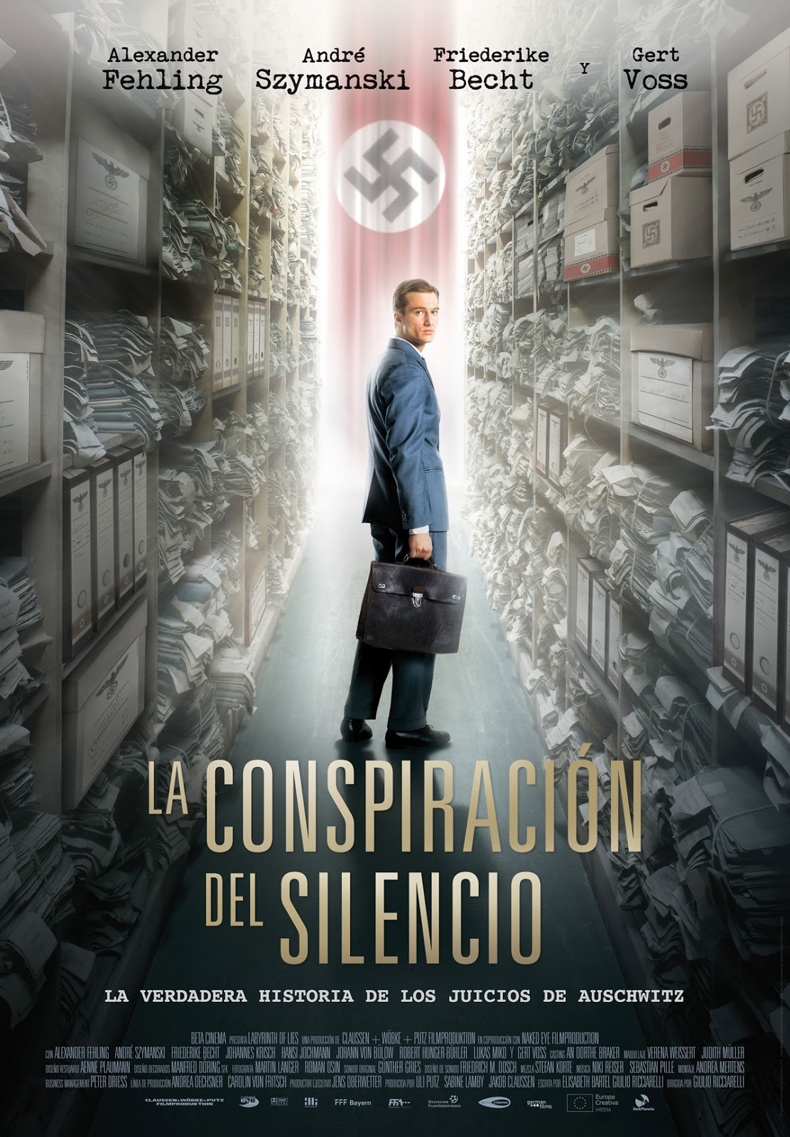 La conspiración del silencio (Labyrinth of Lies)