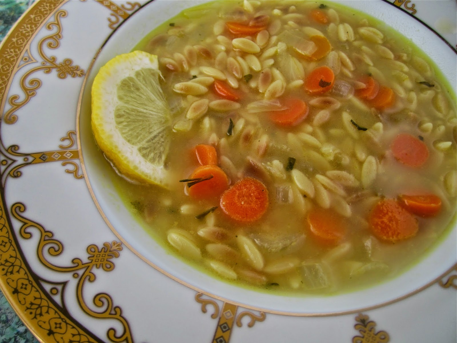 Stephanie Cooks: Lemon Orzo Soup