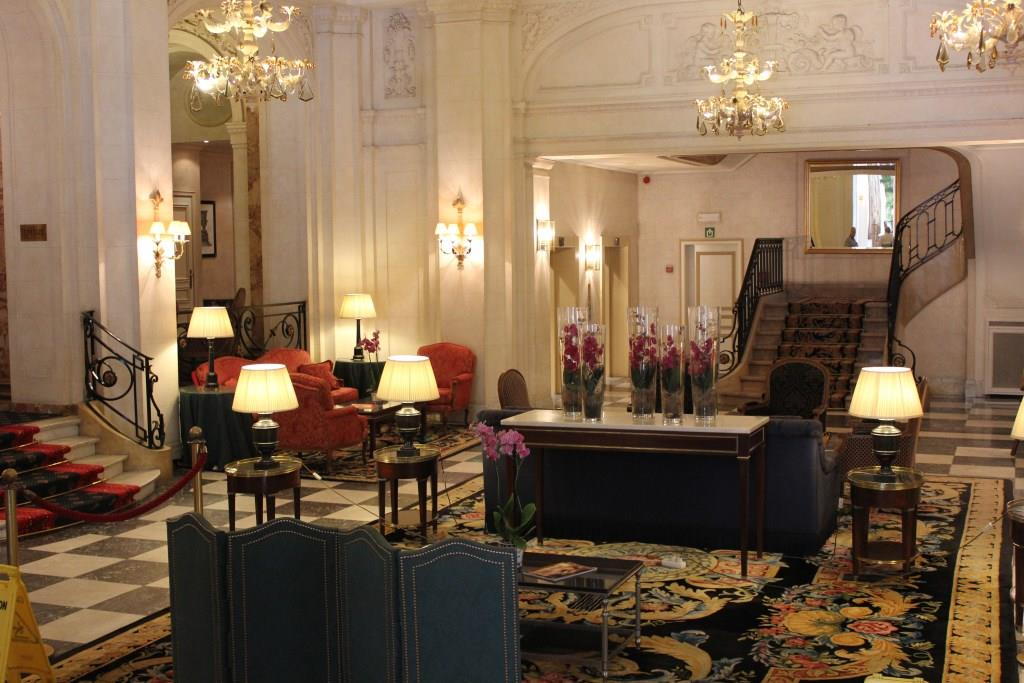 H tel plaza bruxelles le luxe port e de main la for Salon du tourisme belgique