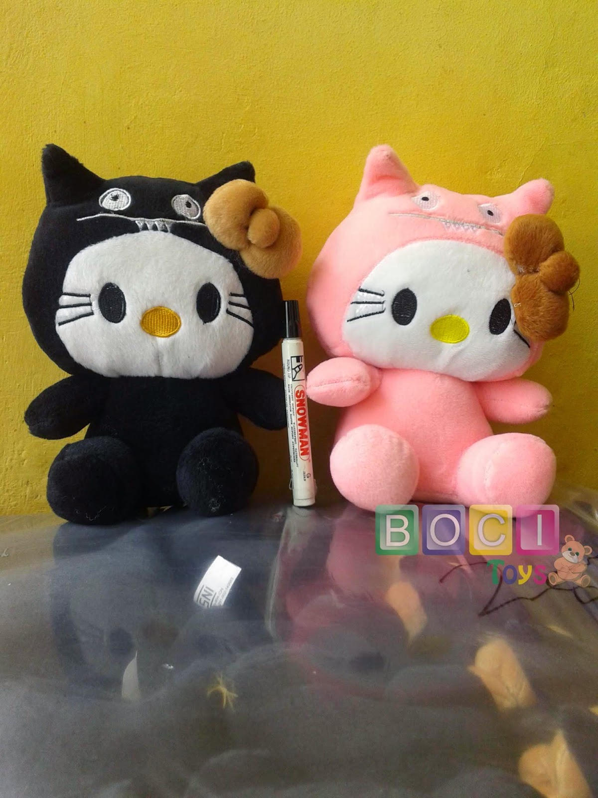 Boneka Hello Kitty Halloween Hitam 1 T