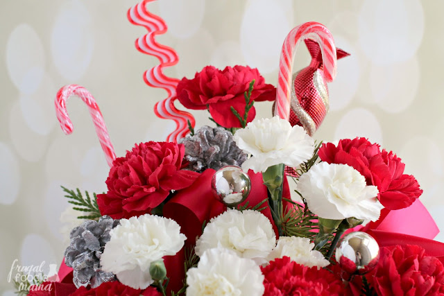 Send cheer this holiday season with this Send a Hug Open Sleigh Ride bouquet from Teleflora. #SendCheer #ad