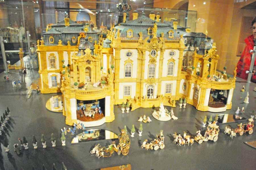 Ausstellung Rococo en miniature im Barockschloss Heidecksburg