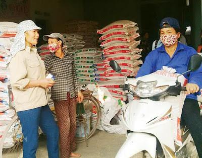 Một đại lý kinh doanh thức ăn chăn nuôi nhập ngoại ở tỉnh Hải Dương.