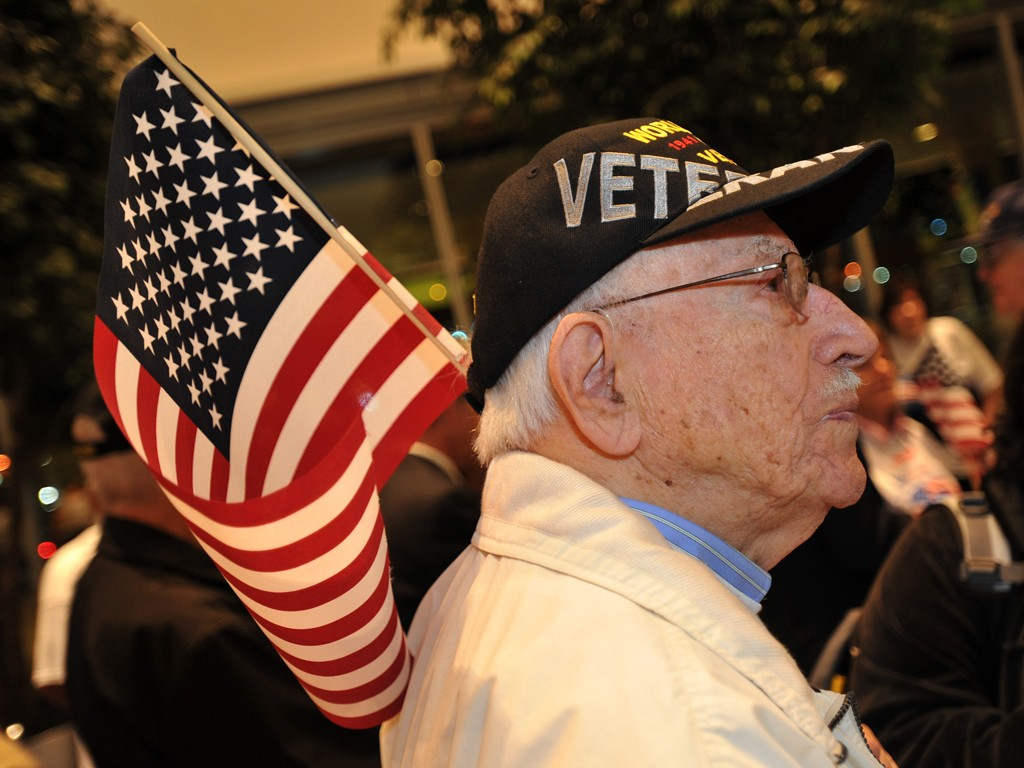Ford Motor Company Fund Sponsors Honor Flight for 50 WWII Vets