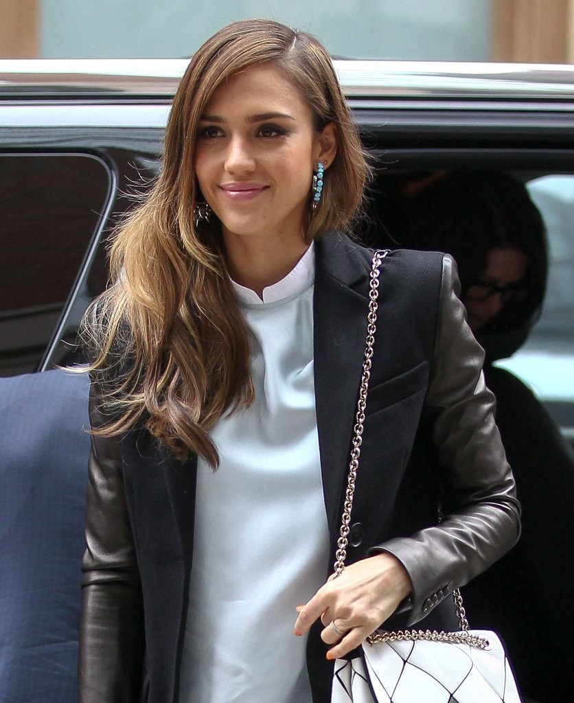 jessica alba street style 2013 floral beauty in nyc