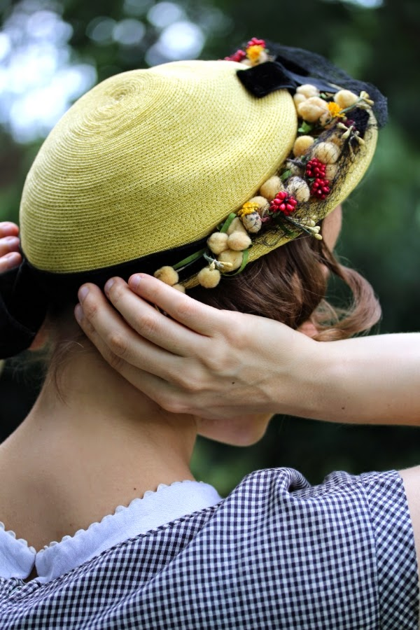 Vintage Hat Fit for a Picnic #vintage #1950s #hat