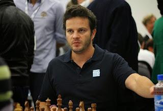 Le Français Etienne Bacrot a annulé face à Ding Liren lors de la ronde 10 - Photo © site officiel