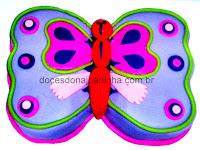 Bolo formato borboleta em rosa e lilás