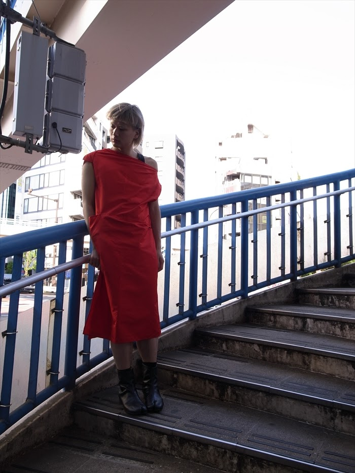 Dress : Y's  Boots : Maison Martin Margiela