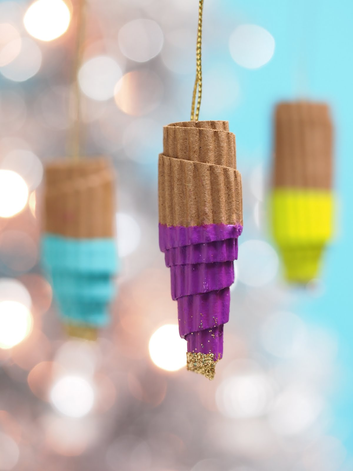 Ice cream ornaments -  These Simple Ornaments Are Made From Recycled Cardboard Coffee Sleeves From Starbucks Or Panera They Have A Lovely Texture Too