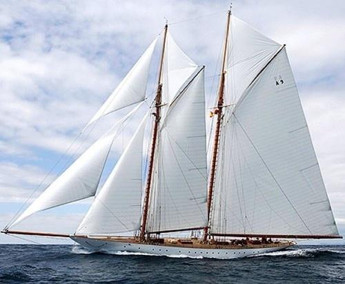 Круиз на яхте у побережья Франции
