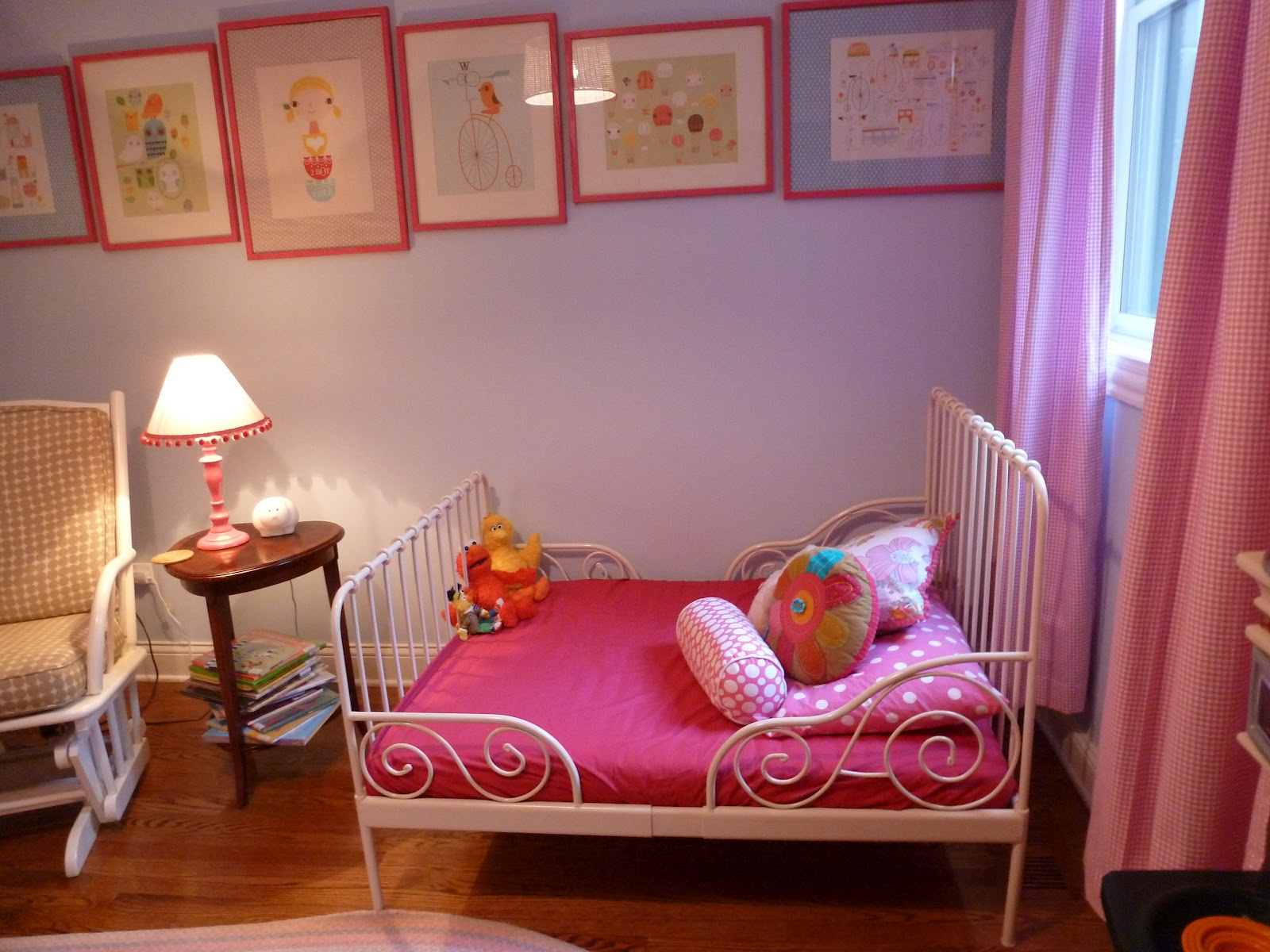 a big girl bed for a big girl room design improvised. Black Bedroom Furniture Sets. Home Design Ideas