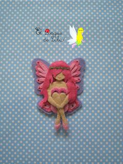 fieltro-broche-decoración-hada-rosa-subastarosa-hechoamanoparati-elbosquedelulu