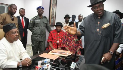 Welcome to Isaiah Akomor Blog!!! : Court Sacks PDP ...