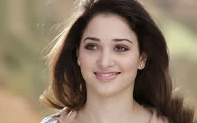 Tamannah_bhatia simple images