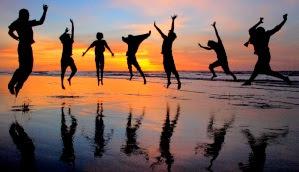 felicidad saltando